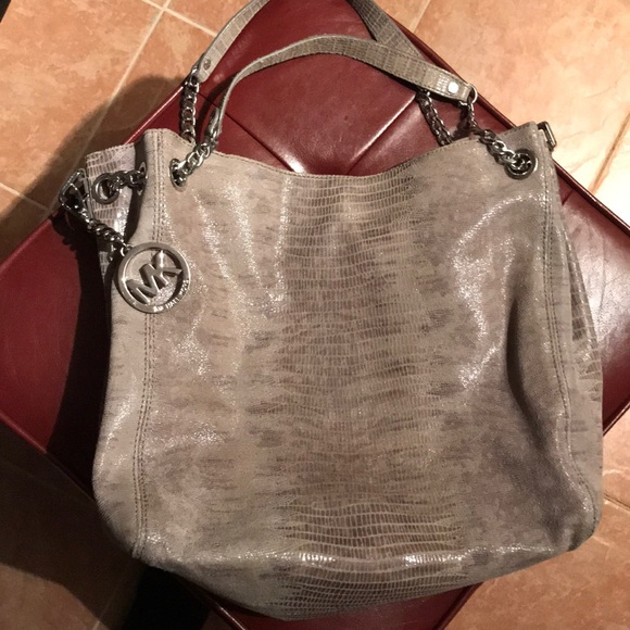 9fada4aa30a1 KORS Michael Kors Handbags - SNAKE SKIN MICHEAL KORS BAG PERFECT CONDITION!